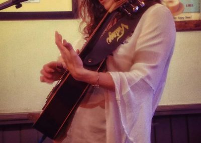 carrie-martin-solo-gig